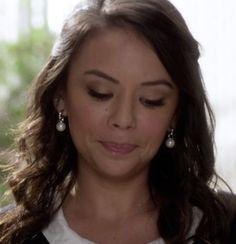 Mona Vanderwall's Dangling Pearl Earrings from Pretty Little Liars: Mona-Mania #ShopTheShows #curvio