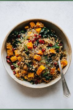A hearty vegan bulgur bowl filled with roasted butternut squash pieces, wilted spinach, and toasted coconut. This bright, versatile dish is great for lunch, dinner, or gatherings! #grainbowls Tostadas, Janta Low Carb, Spicy Fish Tacos, Steak And Rice, Grain Bowl, Healthy Grains, Roasted Butternut Squash, Half Baked Harvest, Toasted Coconut