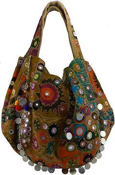 Crochet Purse Patterns, Crochet Purses, Boho Chic, Beige Shoes, Denim Crafts, Hobo Style, Boho Bags, Handmade Handbags, Traditional Fashion