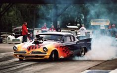 drag race burn outs Outlaw Racing, Nhra Drag Racing, Drag Cars, Car Humor, Amazing Cars, Hot Cars, Custom Cars, Vintage Cars, Burn Outs