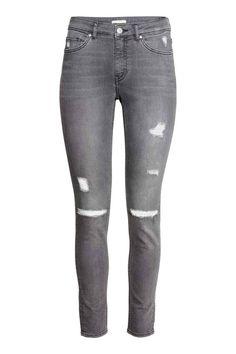 Pantalon super stretch: Pantalon 5 poches en twill super extensible à l'aspect denim. Jambes fines avec détails fortement usés. Taille de hauteur classique.
