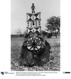 SMB-digital   Masque de la Région de Dedougou