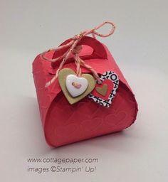 Curvy Valentine Box