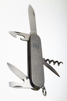 Titanium Swiss Army Knife Victorinox Alox Pioneer Farmer