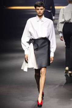Lanvin Spring 2016 Ready-to-Wear Fashion Show - Isabella Emmack