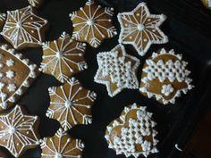 Jankine medovníčky - obrázok 3 Gingerbread Cookies, Desserts, Food, Gingerbread Cupcakes, Tailgate Desserts, Deserts, Essen, Postres, Meals