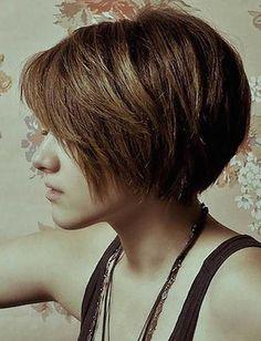 14 χτενίσματα για καρέ μαλλί   MeaColpa