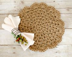 Add a rustic yet chic accent to your table with these pretty jute crochet placemats … make a set for yourself or give as a gift! Here's what you will need: US 10 mm hook jute cord . Picot Crochet, Bag Crochet, Crochet Motifs, Crochet Home, Crochet Gifts, Crochet Doilies, Free Crochet, Flower Crochet, Crochet Placemat Patterns