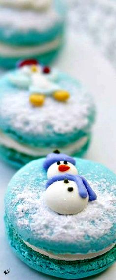~French Christmas Macarons   The House of Beccaria