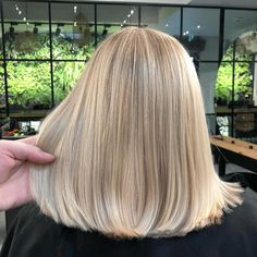 Haare What's Different In Indian Fashion? Medium Hair Styles, Short Hair Styles, Blonde Hair Looks, Long Bob Hairstyles, African Hairstyles, Weave Hairstyles, Hair Trends, New Hair, Hair Inspiration