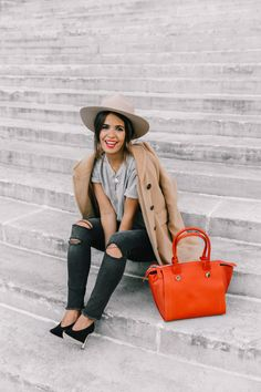 pfw-paris_fashion_week_ss17-street_style-outfits-collage_vintage-max_and_co-camel_coat-orange_bag-skinny_jeans-sandro_shoes-hat-sincerely_jules_jeans-42