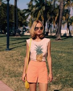 Beach-y Retro // Trending Now: Retro Summer Inspiration - Step Brightly Looks Style, Style Me, Estilo Glamour, Summer Outfits, Cute Outfits, Estilo Fashion, Inspiration Mode, Streetwear, Get Dressed