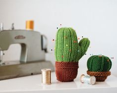 The knit cactus pincushion made from DMC Woolly yarn.
