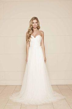 Romantic Soft Netting Strapless Sweetheart Simple A-line Wedding Dress