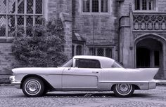 Cadillac was showing much smaller dreamcars in the Fifties, including a coupe and convertible pair, the La Espada and El Camino from '54. Perhaps they were also mulling over offering the über Brougham as the tight 2+2 featured I illustrated above...