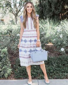 Soaking up the last bit of spring 🌸 this dress is 50% off right now -- details in today's blog post on merricksart.com! http://liketk.it/2reBu #merrickstyle #liketkit @liketoknow.it #loveloft