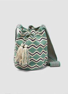 Guanabana clutch - Google 搜尋 Tapestry Bag, Tapestry Crochet, Crochet Clutch Pattern, Crochet Patterns, Zig Zag Crochet, Knit Crochet, Crochet Purses, Clutch Bag, Bucket Bag