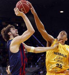 El Herbalife Gran Canaria se ha impuesto este domingo al FC Barcelona en el Gran Canaria Arena