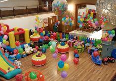 BALOANE BOTEZ CU HELIU Comenzi 100-199 de baloane cu heliu = 2,7 lei/balon  Comenzi peste 199 de baloane cu heliu = 2,5 lei/balon  Baloane pastel diametru 26cm, umflate cu Heliu.  Tratate pentru prelungirea duratei de viata. Rezista minim 20 de ore in perfecta stare.  Contracost, baloanele pot fi personalizate cu numele, data evenimentului si diverse teme, motive de botez! Pentru mai multe detalii privind personalizarea vedeti si pagina de Baloane Personalizate Botez Cake, Desserts, Food, Tailgate Desserts, Deserts, Kuchen, Essen, Postres, Meals