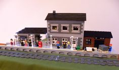 Lego Train Station, Lego Trains, Lego Modular, Lego Design, Some Pictures, Mansions, Architecture, House Styles, Buildings