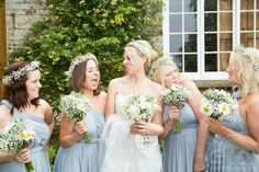 Funny wedding shoots, weddings day, wedding photography, Bridesmaids, crockwell farm  By SkyPhotography  www.skyphotography.co.uk