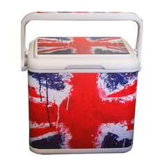 ice box for beer with the Union Jack flag