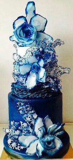 By Lucia Simone Cake Design. Cake Wrecks - Home Beautiful Wedding Cakes, Gorgeous Cakes, Pretty Cakes, Amazing Cakes, Crazy Cakes, Fancy Cakes, Cake Wrecks, Unique Cakes, Creative Cakes