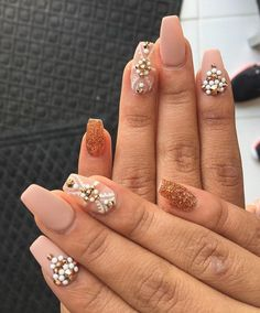This form of nail fits almost all the ladies, visually narrows and elongates nail. When choosing the look of your nails take special care because everyone can't wear everything.
