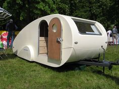 Flawless 45+ Fantastic Teardrop Camper Trailer Design Ideas For Nice Camping http://goodsgn.com/rv-camper/45-fantastic-teardrop-camper-trailer-design-ideas-for-nice-camping/