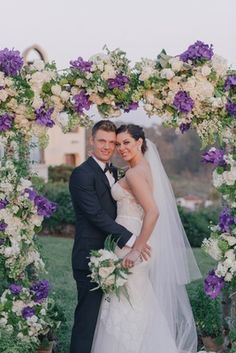 Nick Carter and Lauren Kitt    Photography: Kris Kan   Read More:  http://www.insideweddings.com/weddings/lauren-kitt-and-nick-carter/605/