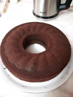 Browni Cake in Mold Homemade Beauty Products, Foot Tattoos, Doughnut, Brownies, Food And Drink, Cookies, Cake, Sweet, Desserts