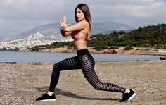 Απόκτησε σέξι πόδια, με 3 ασκήσεις! http://www.donna.gr/17056/apoktise-sexi-podia_-me-3-askiseis/   1. Squat Είναι ο βασιλιάς των ασκήσεων. Έχει τέλεια αποτελέσματα και σε άνδρες και σε γυναίκες. Αποτελεί το ΘΕΜΕΛΙΟ δύναμης, πάνω στο οποίο μπορείτε να χτίσετε ένα λειτουργικό κορμί. Η βασική μορφ�