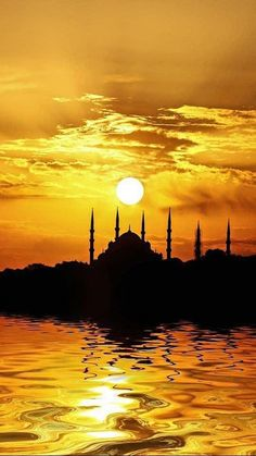 İstanbul TURKEY – antalya turkey loved antalya and staying on lara…this is the most ideal istanbul itinerary for womenescape to turkeys otherworldly landscape Beautiful Sunset, Beautiful World, Beautiful Places, Nature Photography, Travel Photography, Beautiful Mosques, Islamic Pictures, Sunset Photos, Islamic Art