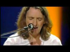 Roger Hodgson, co-founder of Supertramp - Writer and Composer of It's Raining Again - YouTube