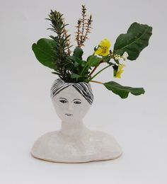 Ceramic lady bud vase in black white and turqouise by kayeblegvad,