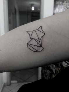 #fox #tattoo #geometric