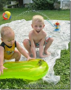 "Homemade Splash Pad DIY - easy to follow instructions  ""Hillbilly Slip and Slide"", she says...lololololol!!  :)"