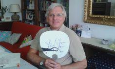Max con pruno dipinto su ventaglio Sumi-e