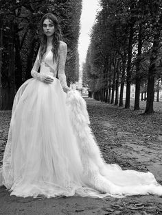 da37d6916fb Vera Wang Fall 2018 Bridal Collection Vera Wang Gowns