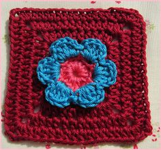 @ Little things made with love♥: Free pattern for Little Flower Square, thanks so xox