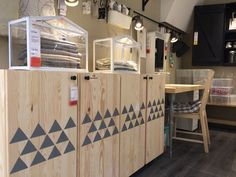 Stamp grey triangles on IKEA IVAR doors and you'll get this Scandinavian effect… Modern Kids Furniture, Furniture Update, Ikea Furniture, Furniture Projects, Ikea Inspiration, Ikea Buffet, Hacks Ikea, Home Salon, Interior Design Work