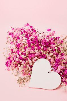 Iphone Wallpaper Video, Flower Phone Wallpaper, Heart Wallpaper, Gold Wallpaper Background, Wallpaper Backgrounds, Flower Frame, Flower Art, Images Noêl Vintages, Cartoon Girl Images