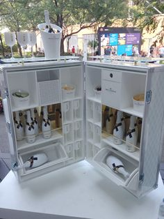 Convert an old Trunk into a portable Champagne bar for outdoor events.