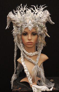 Haarschmuck & Kopfputz - Ice Queen-Phantasie-Kopfschmuck-Headdress - ein Designerstück von Maskenzauber bei DaWanda