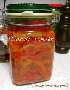 közlenmiş kırmızı biber konservesi http://www.seneminyemekleri.com/2013/04/kirmizi-biber-konservesi.html
