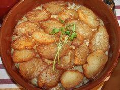 Sopa de cebolla  https://es.pinterest.com/pbaronlet/sopas-y-cremas/