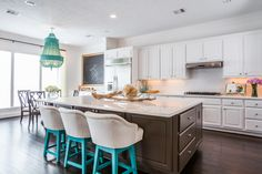 Mimosa Breakfast and Kitchen Design
