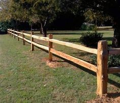 Trying to find a beautiful yet durable method to fence your home? Wish to make certain that your livestock or steeds can be restricted, with no threats to their safety and security, such as you discover with barbed wire or woven wire? Timber split rail fence might just be the response. One of the oldest sorts of fencing still in use, split rail fences offer rustic beauty and also numerous various other benefits. Nevertheless, you'll should understand a few things before you buy.