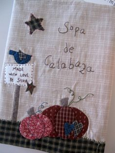 Sopa de calabaza: Quilter's diary Anni Downs, Diy Gifts, Primitive, Sewing Projects, Patches, Quilts, Halloween, Cover, Crafts