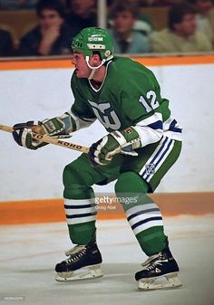 Dean Evason Hartford Whalers, Hockey Games, Hockey Players, Adult Humor, Dean, Sports, The Past, Baseball Cards, Gallery